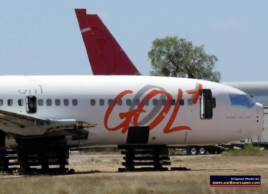 Boeing 737-700 of GOL Brazilian airlines, registration N320GL