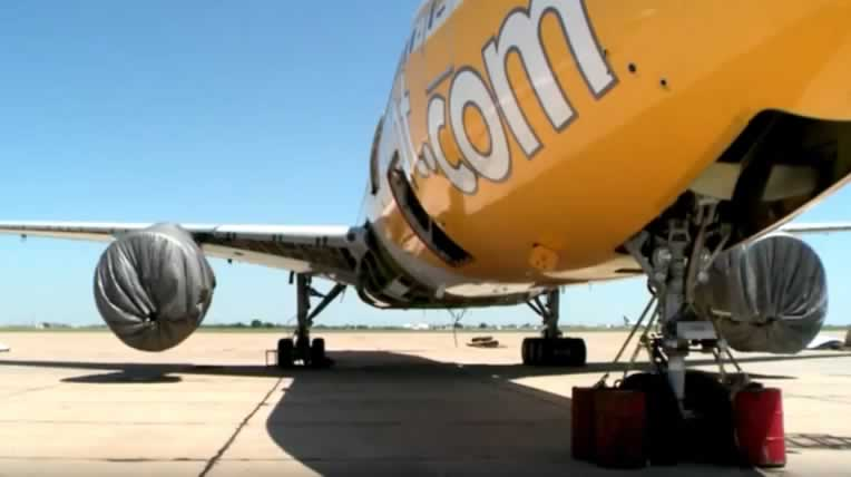 Scoot Tigerair jetliner at the Roswell International Air Center