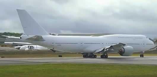 Boeing 747-8 Registration N895BA